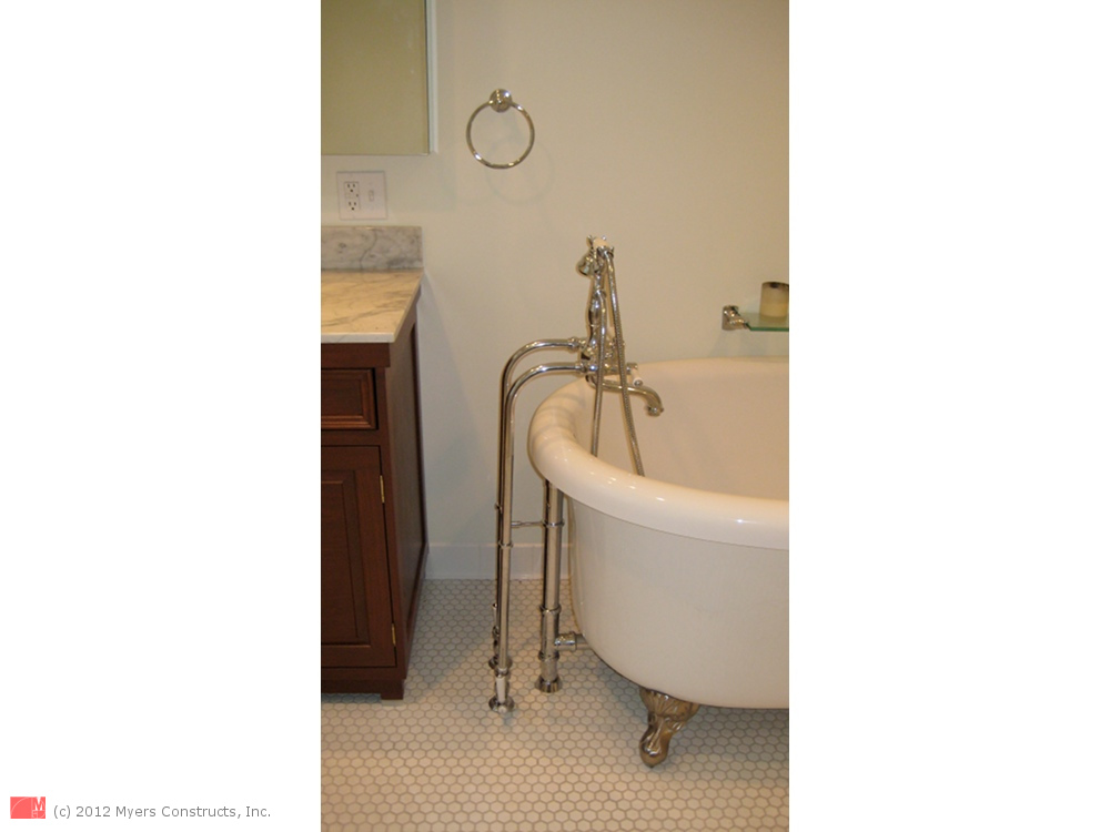 Chestnut Hill Bathroom - Jet-Tub and Shower - Myers Constructs, Inc.
